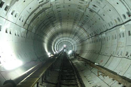 复杂软土地基隧道设计经验   华东院设计完成的60多条取排水盾构隧道